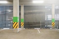 κενός χώρος στάθμευσης μερών περιοχής Στοκ Εικόνες