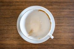 Κενό άσπρο φλυτζάνι τοπ άποψης του καυτού καφέ Στοκ Εικόνα