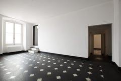 Κενό δωμάτιο με το γραπτό κεραμίδι στοκ φωτογραφία με δικαίωμα ελεύθερης χρήσης