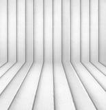 Κενό εσωτερικό δωμάτιο με τον τοίχο φραγμών τσιμέντου Στοκ Εικόνες