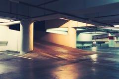 Κενό διάστημα σε έναν χώρο στάθμευσης Στοκ Φωτογραφία