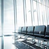 Κενό καθαρό εσωτερικό αερολιμένων Στοκ εικόνα με δικαίωμα ελεύθερης χρήσης