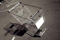 κενό καροτσάκι αγορών Στοκ Φωτογραφίες