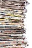 κενό κορυφαίο λευκό στοιβών εγγράφου εφημερίδων Στοκ Φωτογραφίες