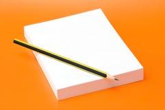 κενό μολύβι βιβλίων Στοκ φωτογραφία με δικαίωμα ελεύθερης χρήσης