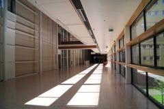κενό νοσοκομείο διαδρόμ&o Στοκ Φωτογραφία