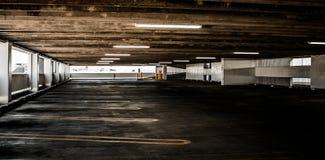 κενό πάρκο αυτοκινήτων Στοκ φωτογραφία με δικαίωμα ελεύθερης χρήσης