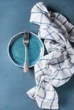 κενό πιάτο δικράνων Στοκ φωτογραφία με δικαίωμα ελεύθερης χρήσης