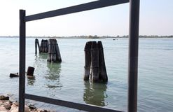 Κενό πλαίσιο και το τοπίο κοντά στη Βενετία στην Ιταλία Στοκ Φωτογραφίες