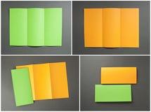 Κενό πορτοκαλί και πράσινο διπλώνοντας ιπτάμενο εγγράφου Στοκ φωτογραφίες με δικαίωμα ελεύθερης χρήσης