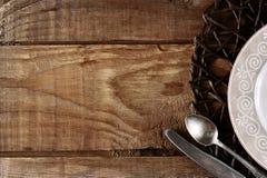 Κενό πρότυπο για το σύνθεση-πιάτο, το μαχαίρι και το κουτάλι τροφίμων Στοκ Εικόνες
