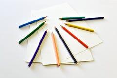 Κενό σημειωματάριο με το χρώμα μολυβιών Στοκ Εικόνες