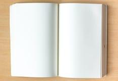 κενό σημειωματάριο Στοκ Φωτογραφίες