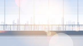 Κενό στούντιο δωματίων γραφείων που χτίζει το εσωτερικό παράθυρο ακίνητων περιουσιών με το σύγχρονο διάστημα αντιγράφων τοπίων πό Στοκ εικόνες με δικαίωμα ελεύθερης χρήσης