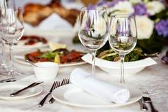 κενό σύνολο εστιατορίων γυαλιών Στοκ εικόνες με δικαίωμα ελεύθερης χρήσης