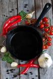 Κενό τηγάνι σιδήρου Στοκ Φωτογραφία