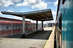 κενό τραίνο σταθμών Στοκ εικόνες με δικαίωμα ελεύθερης χρήσης