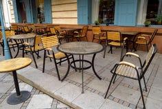 κενό υπαίθριο εστιατόρι&omicro Στοκ Εικόνα