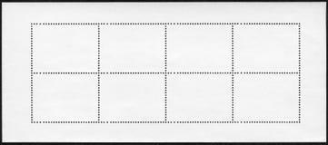 Κενό φύλλο αναμνηστικών φραγμών γραμματοσήμων στο μαύρο υπόβαθρο Στοκ Εικόνα