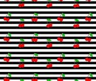 Κεράσι Άνευ ραφής σχέδιο με τα κόκκινα μούρα γλυκών κερασιών στο υπόβαθρο λωρίδων στοκ εικόνες