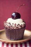 Κεράσι cupcake Στοκ Φωτογραφία