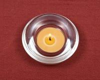Κερί μελισσοκηρού στο κύπελλο κρυστάλλου Στοκ Εικόνες