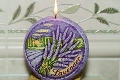 Κερί με lavender τα λουλούδια. Στοκ Φωτογραφία