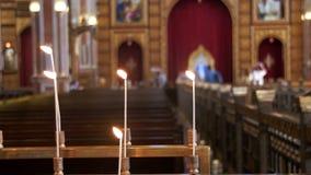 Κερί στη χριστιανική εκκλησία απόθεμα βίντεο
