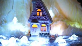 Κερί Χριστουγέννων στο δωμάτιο Διακόσμηση διακοπών στοκ εικόνα