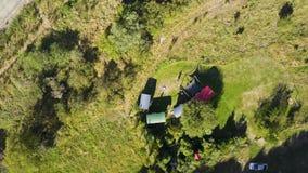Κεραία, που στρατοπεδεύει στο συνδετήρα ζουμ της Νέας Ζηλανδίας έξω 4k απόθεμα βίντεο