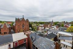 Κεραία του ιστορικού στο κέντρο της πόλης Λάνκαστερ, Πενσυλβανία με το bloomin στοκ φωτογραφία με δικαίωμα ελεύθερης χρήσης
