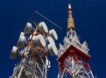Κεραίες τηλεπικοινωνιών στοκ φωτογραφίες