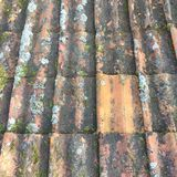 Κεραμίδια στη στέγη στοκ φωτογραφία με δικαίωμα ελεύθερης χρήσης