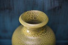 Κεραμικά κίτρινα βάζα για διακοσμητικό Στοκ Φωτογραφίες