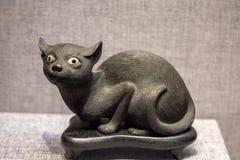 Κεραμική τέχνη δυναστείας της Qing, εμβρυϊκή ` μαύρη γάτα ` SU Στοκ Φωτογραφίες