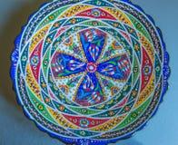 Κεραμικό αυθεντικό πιάτο με το αφηρημένο σχέδιο Arabesque, mandala Στοκ εικόνα με δικαίωμα ελεύθερης χρήσης