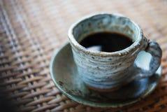 Κεραμικό φλυτζάνι του μαύρου καφέ Στοκ Εικόνα