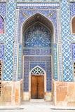 Κεραμωμένος ασιατικός τοίχος του μουσουλμανικού τεμένους Ateegh Jame Στοκ Φωτογραφίες