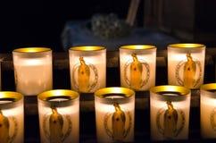 Κεριά καθεδρικών ναών της Notre Dame στοκ φωτογραφίες