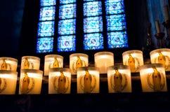 Κεριά καθεδρικών ναών της Notre Dame στοκ εικόνες με δικαίωμα ελεύθερης χρήσης