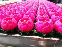 Κεριά λουλουδιών Lotus για την επίκληση Στοκ εικόνες με δικαίωμα ελεύθερης χρήσης