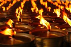 Κεριά πετρελαίου σε έναν κινεζικό ναό Στοκ Εικόνες
