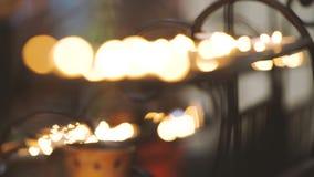 Κεριά στο σε αργή κίνηση βίντεο εκκλησιών απόθεμα βίντεο