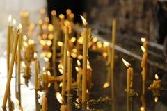 Κεριά LIT στο νερό Στοκ φωτογραφίες με δικαίωμα ελεύθερης χρήσης