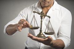 Κερδίζοντας ισορροπία στοκ εικόνες με δικαίωμα ελεύθερης χρήσης
