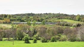 Κεφάλια TransPennine σαφών τραίνων μέσω Southwaite, Cumbria ia απόθεμα βίντεο