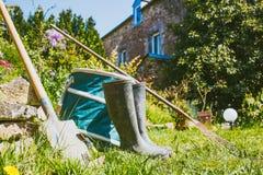 Κηπουρική - σύνολο εργαλείων για τον κηπουρό Στοκ φωτογραφία με δικαίωμα ελεύθερης χρήσης