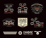 Κηφήνας ή quadrocopter σύνολο διανυσματικών διακριτικών Στοκ Φωτογραφία
