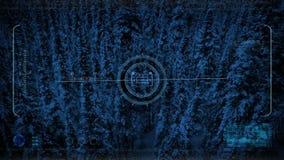Κηφήνας HUD POV που πετά πέρα από το χιονώδες δάσος τη νύχτα απεικόνιση αποθεμάτων