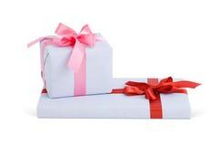 Κιβώτια δώρων με τα τόξα Στοκ Εικόνα